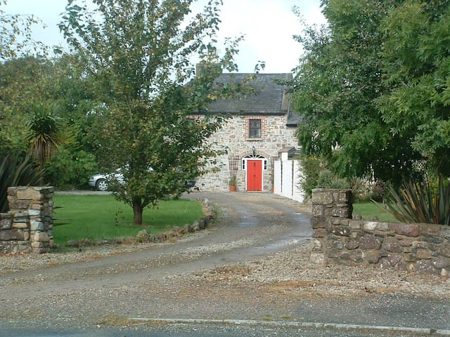 Hook Cottage