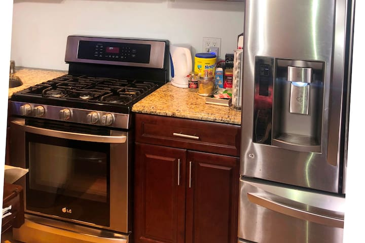 Clean, Cozy, & Private One  Bedroom  Apartment