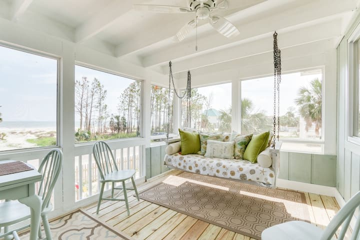 Darling Beach Bungalow with Ocean view, screened-in porch and fenced yard for pets