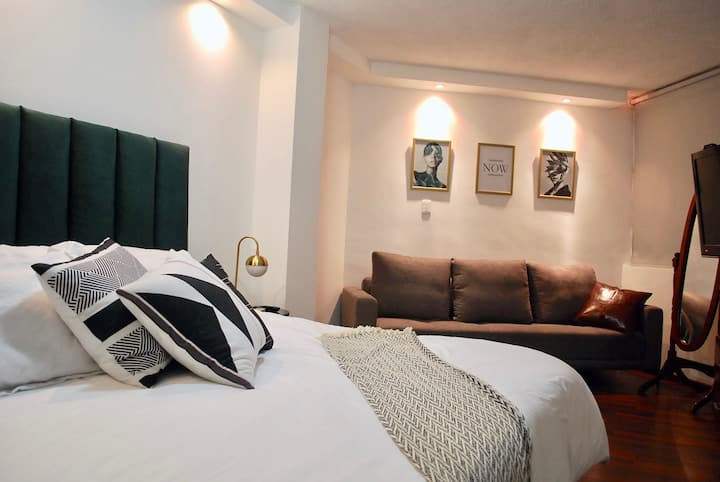 Stylish & Cozy Apartment in great location 25% OFF