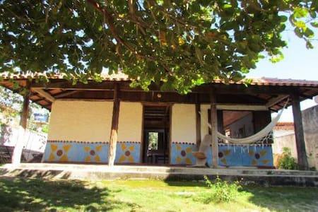 Casa Grande e Arejada com Mezanino em Itaúnas