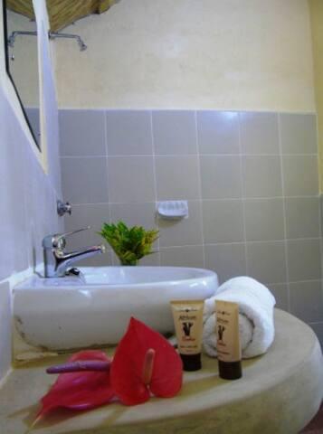 Bathrooms en-suite