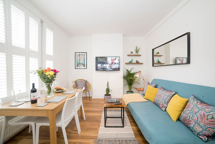 Beautiful Apartment In Central London - Sleeps 10