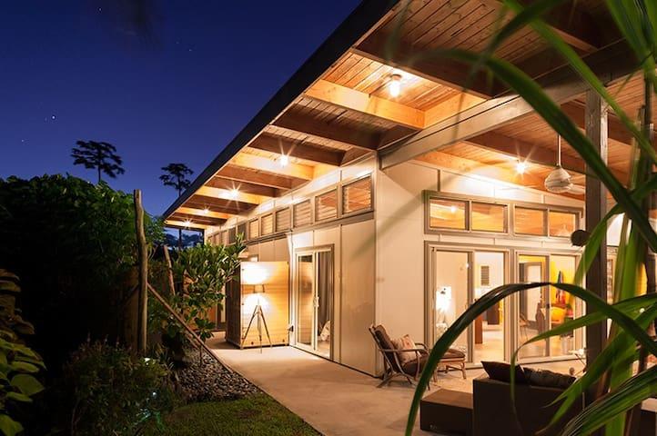 Eco-Farm Tropical Modern Loft