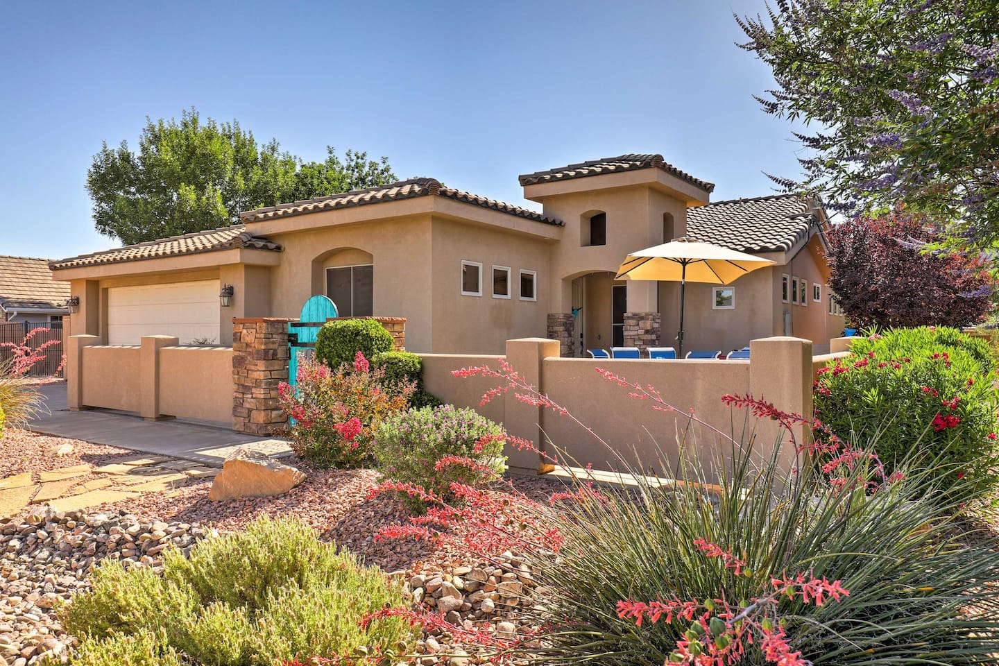 Discover the 'Bridge to Zion' at this beautiful La Verkin vacation rental home!