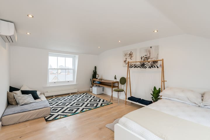 BrickLane Shoreditch En Suite Double Private Room