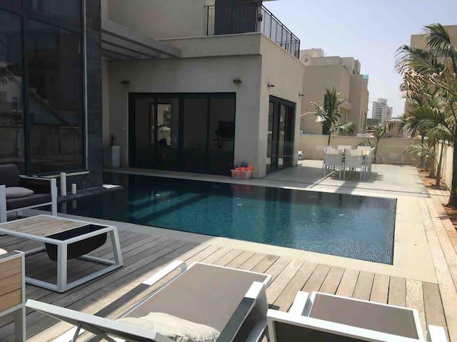 Villa 3 pers bord de mer avec piscine