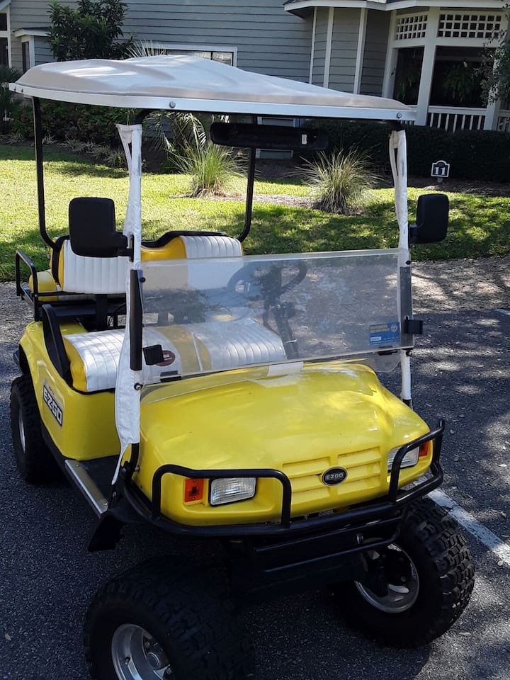 your very own golf cart to get to the beach or ride around Kingston Plantation. Daddy becomes the hero here.