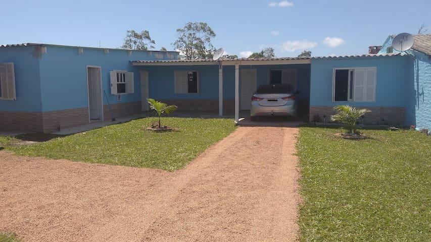 Casa Praia Piscina Prox Centro Disponive Fevereiro - Tramandaí - House