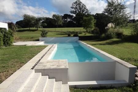Villa Allende Golf (a 3 cuadras del club) - Villa Allende