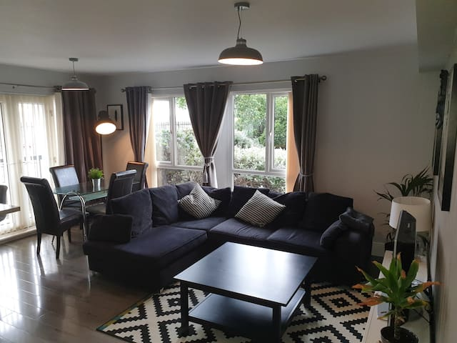 Luxury 3 bed appartment, Liverpool Centre