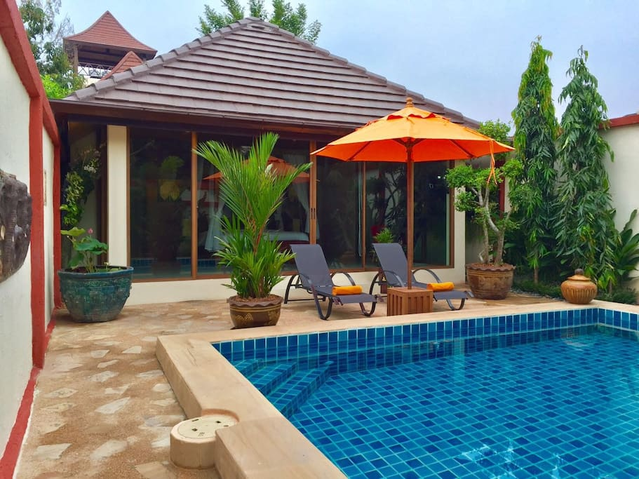 Pool & Bungalow View 2