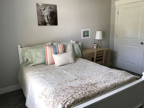 Your Room Away from Home #2 near SLC & canyons!