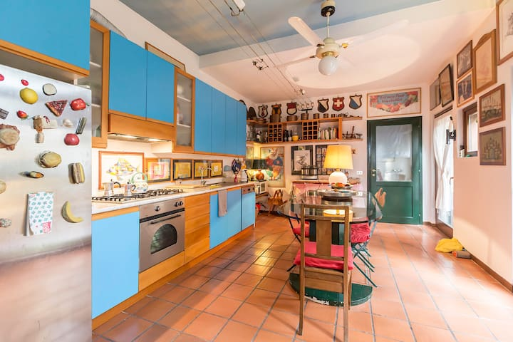 kitchen with open in private garden