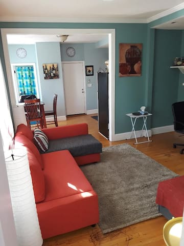 Southie Apartment / Telegraph Hill 2nd floor