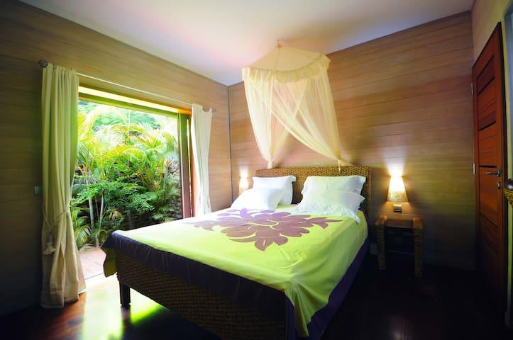 Chambre n°3 : lit double 160x200, A/C
