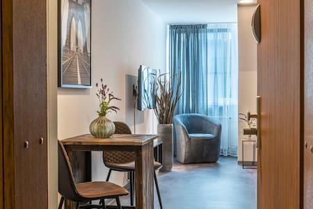 Vintage Apartment inklusive gratis TG-Stellplatz