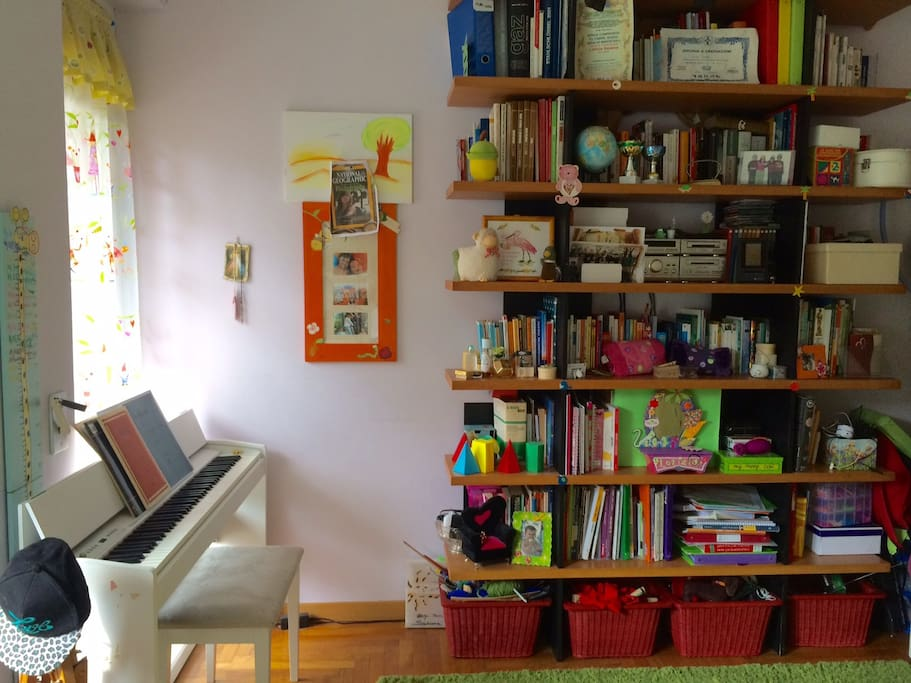 Piano and library