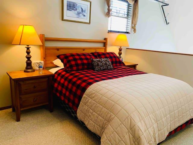 Upstairs Loft Bedroom -  1 Queen Bed, Large Closet