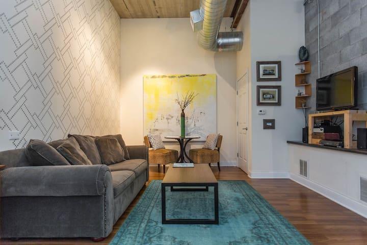 Turquoise Wonder - Clean, Cozy & Stylish Apt