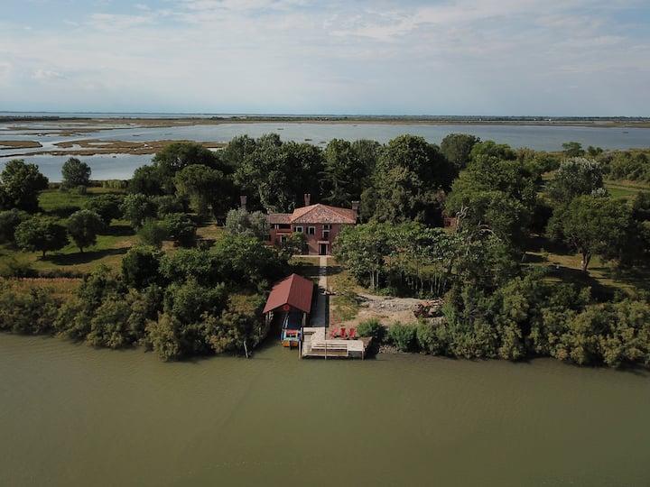 Island Falconera - Venice lagoon