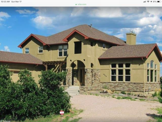 Luxury 5000' House near Air Force Academy