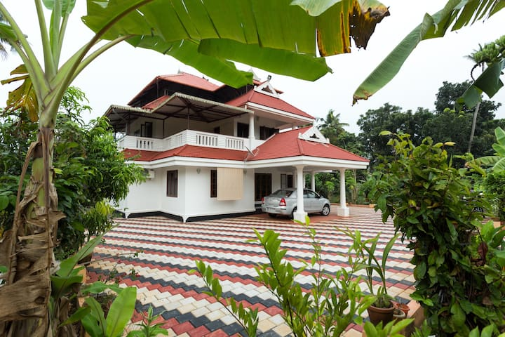 Spacious accommodation in rural Cochin.