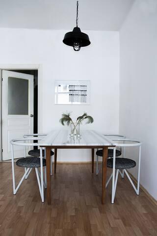 Room in a modern Cihangir apartment