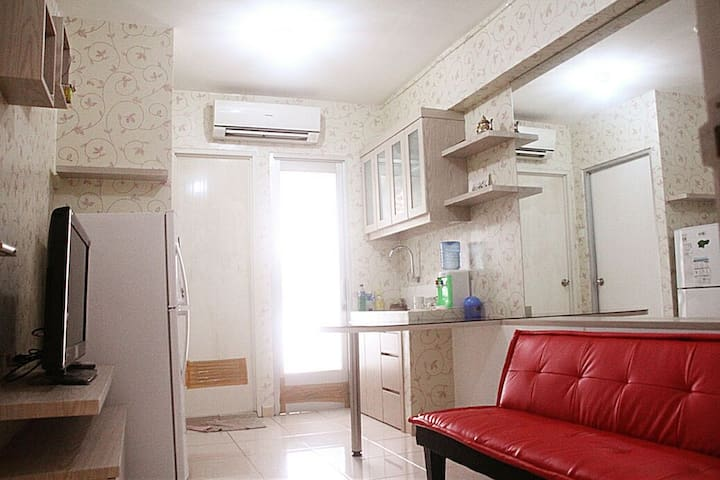 Cozy 2BR Apart with Amazing View - North Jakarta - Byt