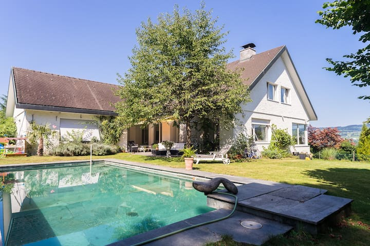 Great House with Pool, Speedboat and Billard - Horgen - Rumah