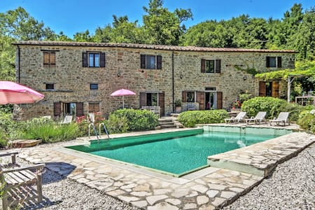 Elegant countryside villa with pool - Lippiano