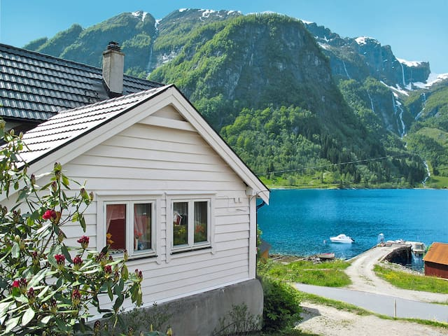 Holiday home in Vik i Sogn for 6 persons