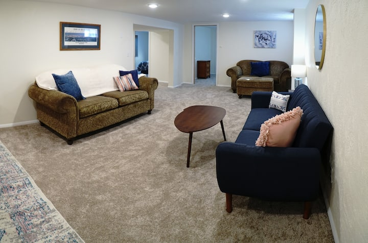 Spacious New Remodel 2BR Apt- Thoroughly Cleaned!