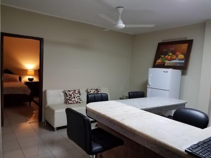 CASA SERENA Suite Amoblada y Equipada Aeropuert