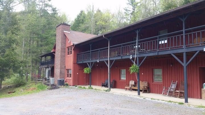 The Retreat Center at Buffalo Mountain