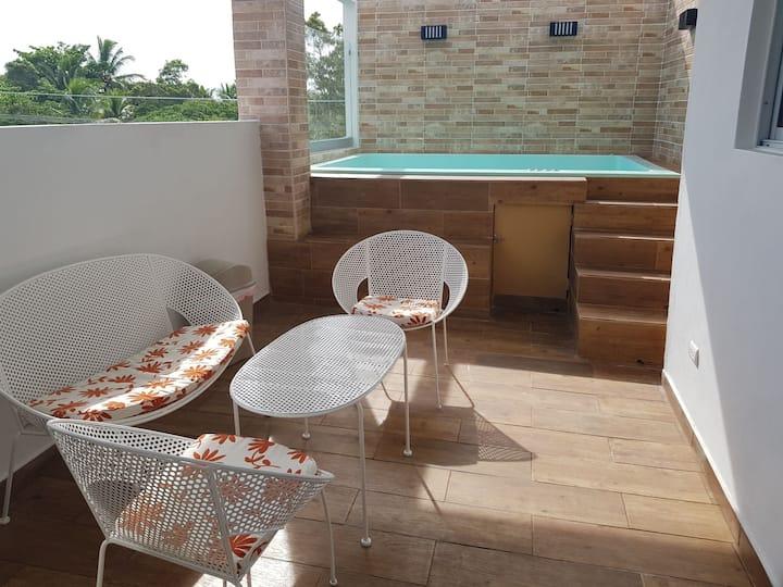 Ocean view Apartment private jacuzzi/terrace/BBQ