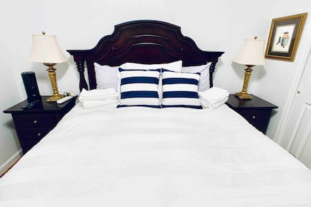*Comfy Room-Excellent Location! Close to NYC/EWR*