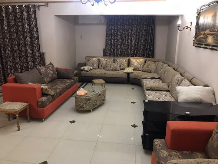 Beautiful, large apartment in Maadi