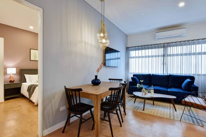 Granada Executive Suites 201 / Cozy & Quiet 2-bed