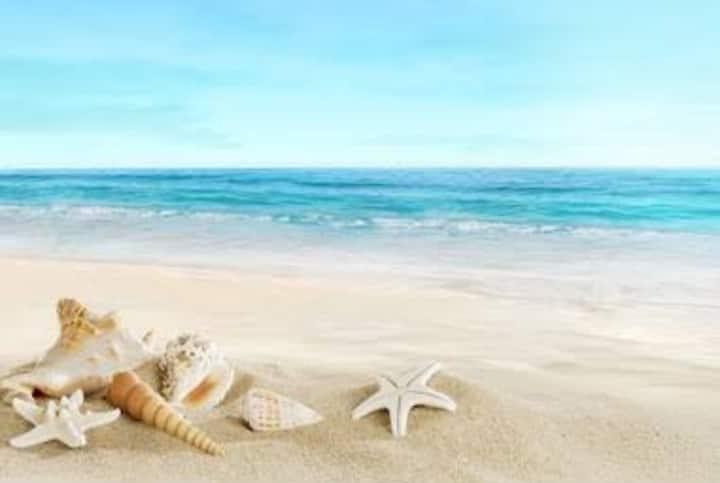"Beautiful Beach Apartment - ""Vergelegen"""