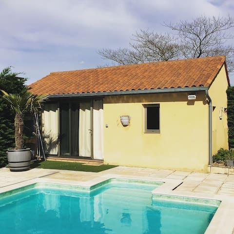 Chambre indépendante, piscine, à Sarlat la Caneda - Sarlat-la-Canéda - Hus