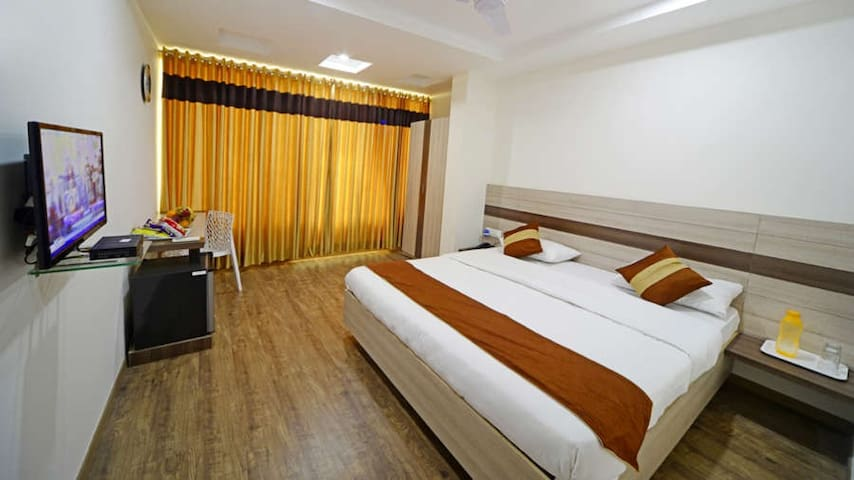 Fully furnished individual a/c room in Gachibowli - Hyderabad - Bed & Breakfast