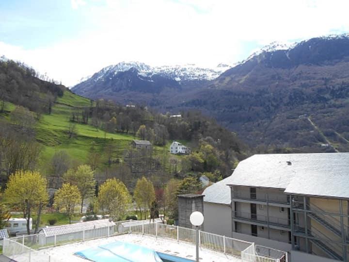 Studio 4 pers + balcon vue montagne + parking+wifi