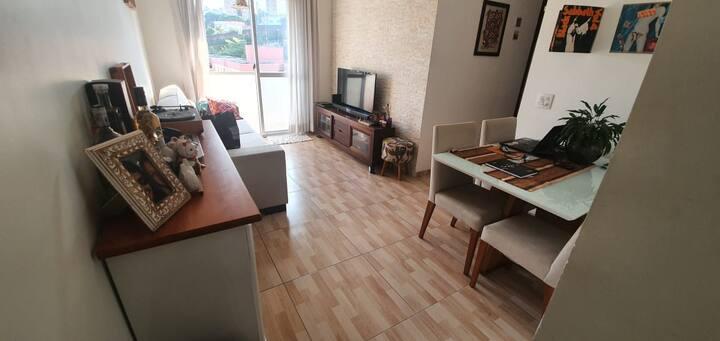 Apartamento ACONCHEGANTE 1 Dorm  500m Metro e Shop