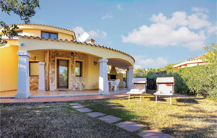 Beautiful home in Costa Rei Muravera-CA- with 2 Bedrooms