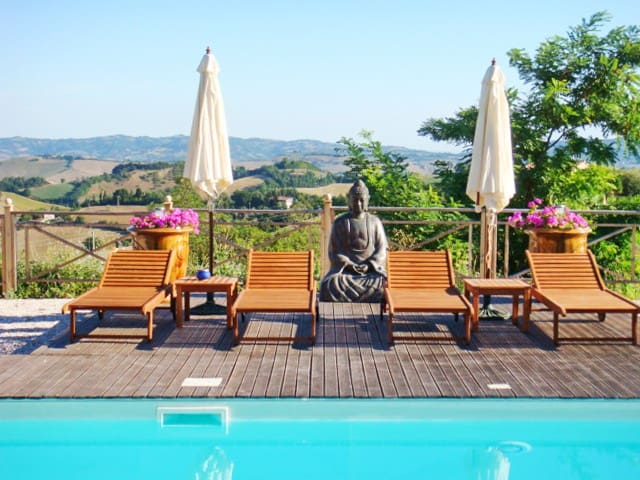 Luxury flat with a swimming pool - Urbino - อพาร์ทเมนท์