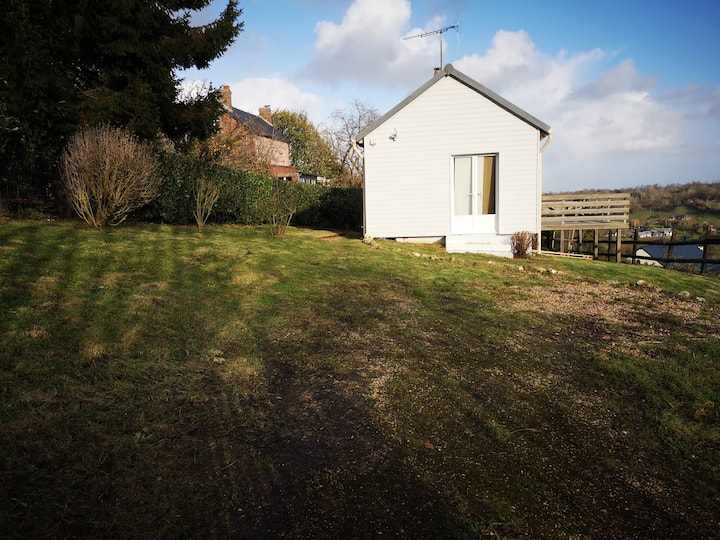 Chalet-Panoramic-Ensuite with Shower-Countryside view