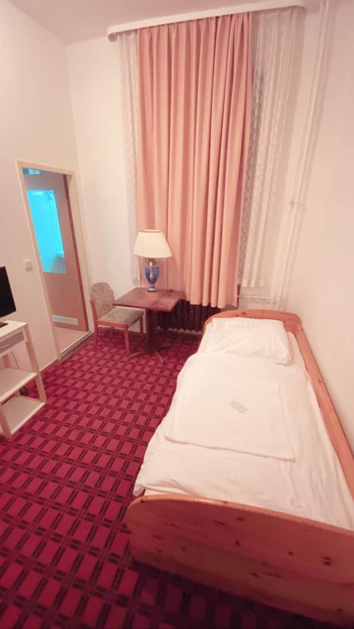 Budget Hotel Single room