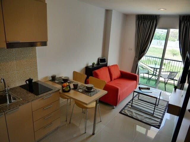 1 Bedroom apartment in Trio Gems Condominium