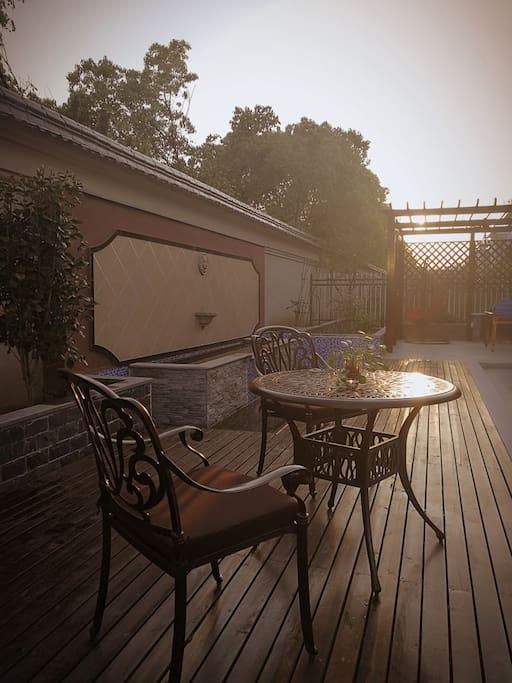 夕阳晚照,恬静的午后时光